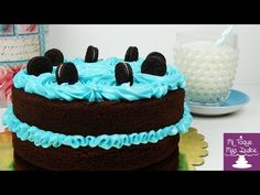 Tarta de chocolate con oreo decorada con merengue italiano - YouTube