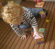 20 activités à faire avec un bébé de moins d'un an #baby #bebe http://blog.privatebebe.com/bebe-et-moi/activites-et-ateliers/20-activites-faire-bebe-moins-dun-an-4808.html