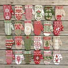What an adorable ensemble! Krystina knit these lovely Advent Mittens in our Palette yarn (Free Pattern: Mitten Garland Advent Calendar on Ravelry) // regram from krystinah_mn Crochet Christmas Garland, Christmas Knitting, Christmas Crafts, Knitted Mittens Pattern, Knit Mittens, Knitting Patterns, Diy Advent Calendar, How To Purl Knit, Knitting Projects