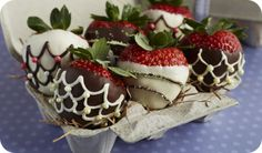 Delicious Chocolate Covered Strawberries Recipes | Driscoll's®