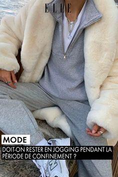 Confinement. Le temps paraît très long. On n'a jamais eu autant envie de sortir que depuis qu'on nous l'a déconseillé. Seul point positif : on reste tranquillement chez soi et on relâche la pression. Pour autant, doit-on vraiment arrêter de s'habiller ? Trench Coats, Cold Weather Outfits, Winter Outfits, Jogging Adidas, Fur Fashion, Fashion Outfits, Fashion Trends, Unisex, Guys And Girls