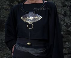 Amalthee Creations - Contemporary jewelry : statement oxidized necklace with gold leaf