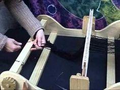 Tejido telar - YouTube Tablet Weaving Patterns, Loom Weaving, Hand Weaving, Textiles, Tear, Weaving Techniques, Wool Fabric, Youtube, Crafts