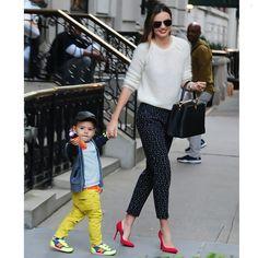 #THROWBACK#Mirandakerr #PrintedPants #orlandobloom #summer #baby #model #supermodel #fashion #style #celebrity #hollywood #denim #beautiful #pretty#stylish #lookbook #look #ootd #outfit #heels #shoes #nofilter #girl #makeup... - Celebrity Fashion