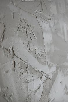 Drywall 101: Using Joint Compound for a Stucco Wall Finish -  Detailed Tutorial wall texture diy, joint compound, wall finish, diy tutorial, stucco walls, basement, wall texture ideas, mud textured walls, diy faux finish walls
