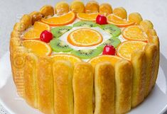 Tort diplomat – reteta video via Romanian Food, Yummy Cakes, Bakery, Good Food, Goodies, Easy Meals, Food And Drink, Cooking Recipes, Pudding