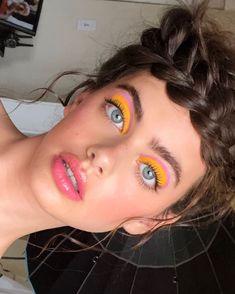 hippie makeup 588142032574257504 - Source by Retro Makeup, Cute Makeup, Glam Makeup, Skin Makeup, Makeup Inspo, Makeup Art, 1980s Makeup, 80s Makeup Looks, Makeup Ideas