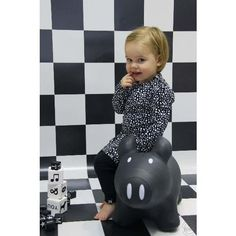 Pig Sammy black, Z8 dress limited Edition