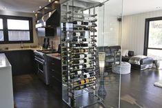 Vitrerie Morel Nos spécialités cellier Glass Wine Cellar, Home Wine Cellars, Wine Cellar Design, Contemporary Wine Racks, Wine Wall, Wine Storage, Apartment Interior, Bars For Home, Home Decor Styles