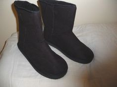 New Sole Mates Black Chestnut Boots Womens sz XL 9 10    #SoleMates #SlipperBoots