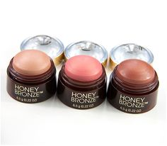 The Body Shop Honey Bronze Highlighting Dome #thebodyshop #thebodyshophoneybronze #honeybronze