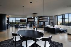 Luxurious 910 Swallow's Landing by Smith Designs | Wave Avenue