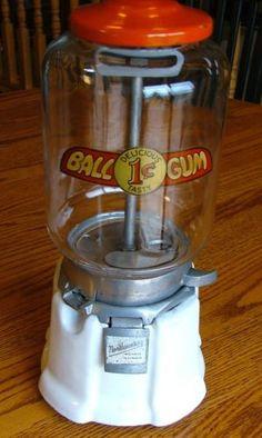 Gumball Machine, Mason Jar Wine Glass, Vending Machine, Glass Globe, Porcelain, Tasty, Mugs, Antiques, Tableware