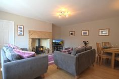 Luxury modern apartment in the Village centre - Flats for Rent in Rothbury, England, United Kingdom Flat Rent, United Kingdom, Centre, England, Couch, Flats, Luxury, Modern, Room