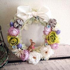 ご覧頂きありがとうございます^^平咲きのバラを中心にドライフラワーや、実物を詰め込みました。うさぎも花を摘みに来たようなイメージです。贈り物やインテリアにいか...|ハンドメイド、手作り、手仕事品の通販・販売・購入ならCreema。