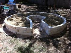 Building a Keyhole Garden