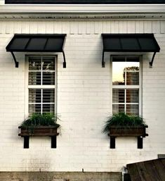 House Paint Exterior, Exterior Design, Exterior Windows, Outdoor Window Awnings, Metal Awnings For Windows, Awning Over Door, House Awnings, Diy Awning, Window Canopy