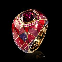 Mousson atelier, Four Seasons collection, ring, Yellow gold 750, Rhodolite 3,84 ct., Pink sapphires