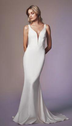 500 Best Sheath Dresses Images In 2020 Dresses Wedding Dresses Kleinfeld Bridal
