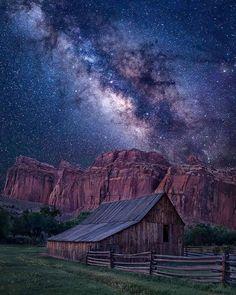 Astronomy Photography, Milky Way Photography, Nature Photography, Nocturne, Nature Images, Nature Pictures, Vincent Van Gogh, Milky Way Photos, Milky Way Stars