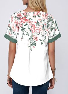 Affordable Fashion for You Trendy Tops For Women, Vintage Style Outfits, Printed Blouse, Affordable Fashion, Women's Fashion Dresses, Floral Prints, How To Wear, Clothes, Satin Blouses