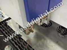 ASD Digital - Harga mesin laser cutting bervariasi, dilihat dari ukuran, jenis, dan merk masing-masing, namun yang paling membedakan adalah jenisnya. Karena seperti diketahui, sebagai contoh ada yang hanya khusus untuk memotong bahan non-metal, bahan metal saja, ataupun keduanya.