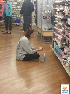 Trendy funny people of walmart meme ideas Funny Quotes For Kids, Funny Jokes To Tell, Funny Girl Quotes, Funny Shit, Funny Stuff, Walmart Jokes, Walmart Shoppers, Funny Girl Fails, Fail Girl