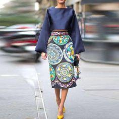 Milan street style - Giovanna Battaglia in Dolce & Gabbana @ Fashion Week…
