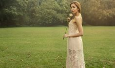 Creamos un mundo de fantasías con nuestras prendas  Gracias al equipo por esta maravillosa campaña She:@stephaniefdzp  Photo:@sebastianjoyaph Makeup:@wen_cosmakeup Assistant: @pedro_lopez_art  @javimunoz_pis . . . #couture #fashion #houtecouture #hautecouture #abiye #couturefashion #ferace #weddingdress #dress #couturedress #style #bridal #düğün #wedding #moda #coutureaddict #hijab #fashiondesigner #houtecoutere #couturegown #elbise #couturefashionweek #istanbul #bride #houtecoture…