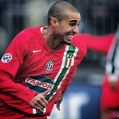 David #Trezeguet con la maglia della #Juventus