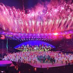 Festa linda parabéns Rio !!! #olimpiadas2016 #rj #rio #olioliteam #olioli #brasil @olioli_lifestyle