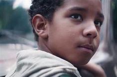 0f84a4050e960 Gillette-Werbung kritisiert toxische Männlichkeit – toxische Männer  blamieren sich mit Reaktionen - Fühlen -