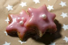 * Angel of Berlin: [bakes...] Almond-Cranberry Stars (gluten and dairy free)