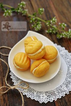 Bake for Happy Kids: The Aussie Yo Yo Biscuits (CWA - Country Women's A...