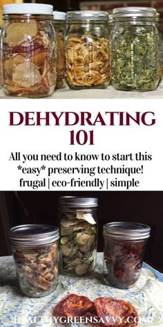 Dehydrating Food 101 ~ Preservation for Novices Dehydrating food is easy, economical, and lets you enjoy the bounties of your summer garden all year round! Never tried dehydrating food before? Canning Food Preservation, Preserving Food, Dehydrated Vegetables, Dehydrated Food Recipes, Dried Vegetables, Food 101, Food Tips, Tomato Cream Sauces, Dehydrator Recipes
