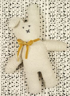 Free Knitting Pattern for Cottontail Rabbit - Easy bunny softie toy knit in garter stitch and shaped with increases and decreases. Designed by Erika Knight. Approx 36cm/14 1/4in in height