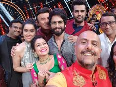 Shraddha kapoor and Shahid kapoor at Indian Idol for BGMC promotion Shahid Kapoor, Shraddha Kapoor, Indian Idol, Indian Designer Wear, Music Stuff, Bollywood Actress, Actresses, My Favorite Things, Clothes For Women