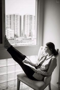 Relax Mode On #DaisyShah #Bollywood #Photoshoot