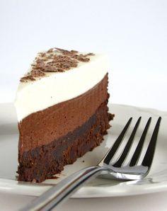 Chocolate mousse cake.  Torta alla mousse di cioccolato