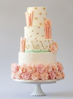 #coral wedding cake ... Wedding ideas for brides & bridesmaids, grooms & groomsmen, parents & planners ... https://itunes.apple.com/us/app/the-gold-wedding-planner/id498112599?ls=1=8 … plus how to organise an entire wedding, without overspending ♥ The Gold Wedding Planner iPhone App ♥