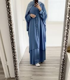 Hijab Style Dress, Modest Fashion Hijab, Modern Hijab Fashion, Hijab Fashion Inspiration, Abaya Fashion, Hijab Outfit, Mode Outfits, Fashion Outfits, Moslem Fashion