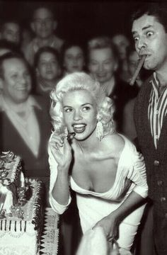 A George Vreeland Hill pin. Old Hollywood Glamour, Vintage Glamour, Vintage Hollywood, Classic Hollywood, Hollywood Icons, Jayne Mansfield, Vintage Movie Stars, Vintage Movies, Nostalgia