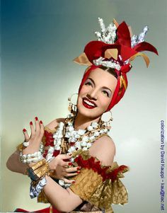 Down Argentine Way, Carmen Miranda, 1940 Old Hollywood Glamour, Golden Age Of Hollywood, Classic Hollywood, Hollywood Jewelry, Carmen Miranda Costume, Estilo Pin Up, Afro, Havana Nights, Old Movie Stars