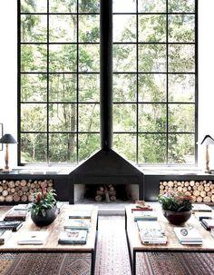 Une cheminée moderne très graphique