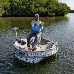 Ultraskiff round boat round watercraft round skiff for Nice fishing boats