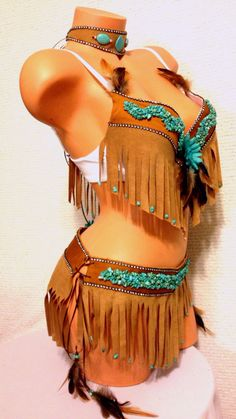 Pocahontas costume by Plurdolls on Etsy Hallowen Costume, Halloween Dress, Halloween 2017, Diy Costumes, Halloween Party, Festival Costumes, Festival Outfits, Cosplay, Indian Costumes