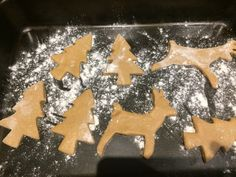 We always make these gingerbread cookies (recipes by Tessa Kiros)
