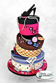 @KatieSheaDesign ♡❤ #Cake ❥ http://cakecentral.com/gallery/2292610/fashionista-hat-box-cake