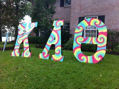 "Delta Kappa chapter of Kappa Alpha Theta! Bid Day 2012 - ""Theta is to DYE for! Sorority Letters, Sorority Life, Total Sorority Move, Sorority Sugar, Cute Letters, Kappa Alpha Theta, Bid Day, Chi Omega, Peace And Love"