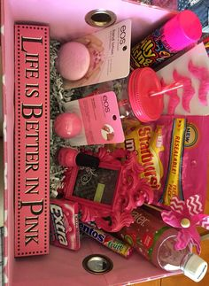 Pretty in Pink for a Sweet 16 Pretty in Pink.- Pretty in Pink for a Sweet 16 Pretty in Pink for a Sweet 16 - Cute Gifts For Friends, Birthday Presents For Friends, Cute Birthday Gift, Christmas Gifts For Friends, Bff Gifts, Friend Birthday Gifts, Pink Gifts, Diy Birthday, Pink Gift Box
